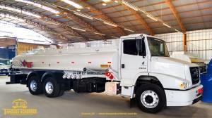 Tanque para transporte de combustível com capacidade para 15.000 litros aço carbono